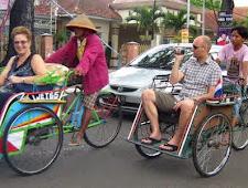 Itinerary Malang city tour.