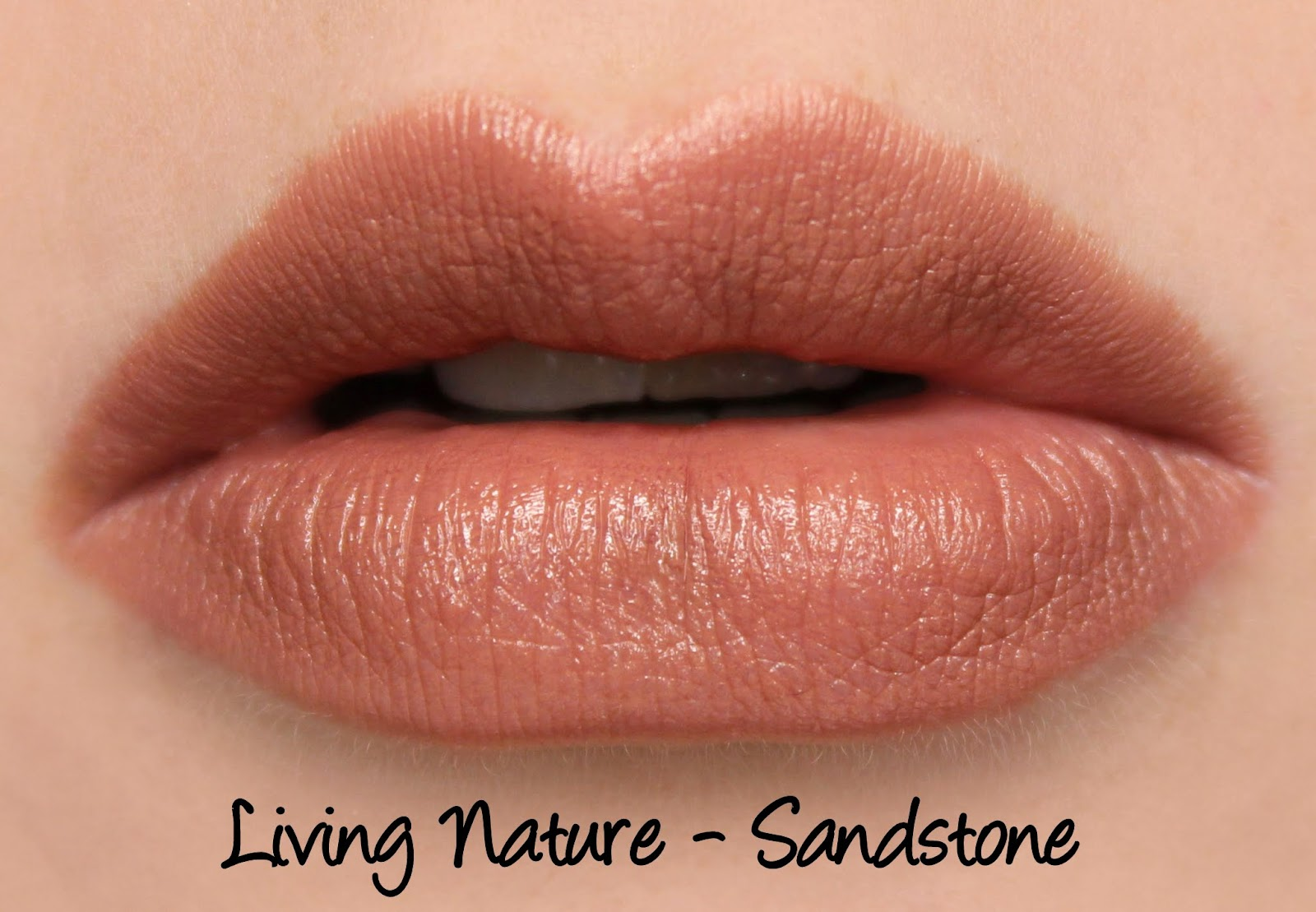Living Nature Lipstick Review