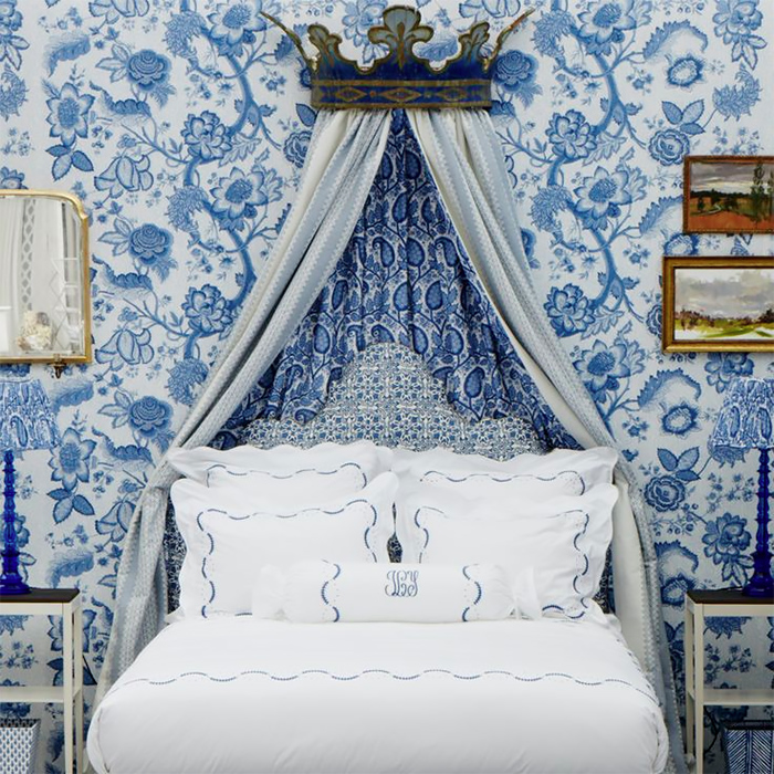 The Pink Pagoda: Blue And White Wallpaper