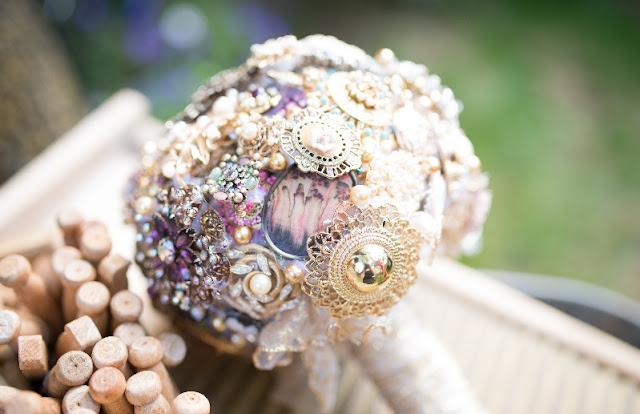 bouquet mariage original broches bijou