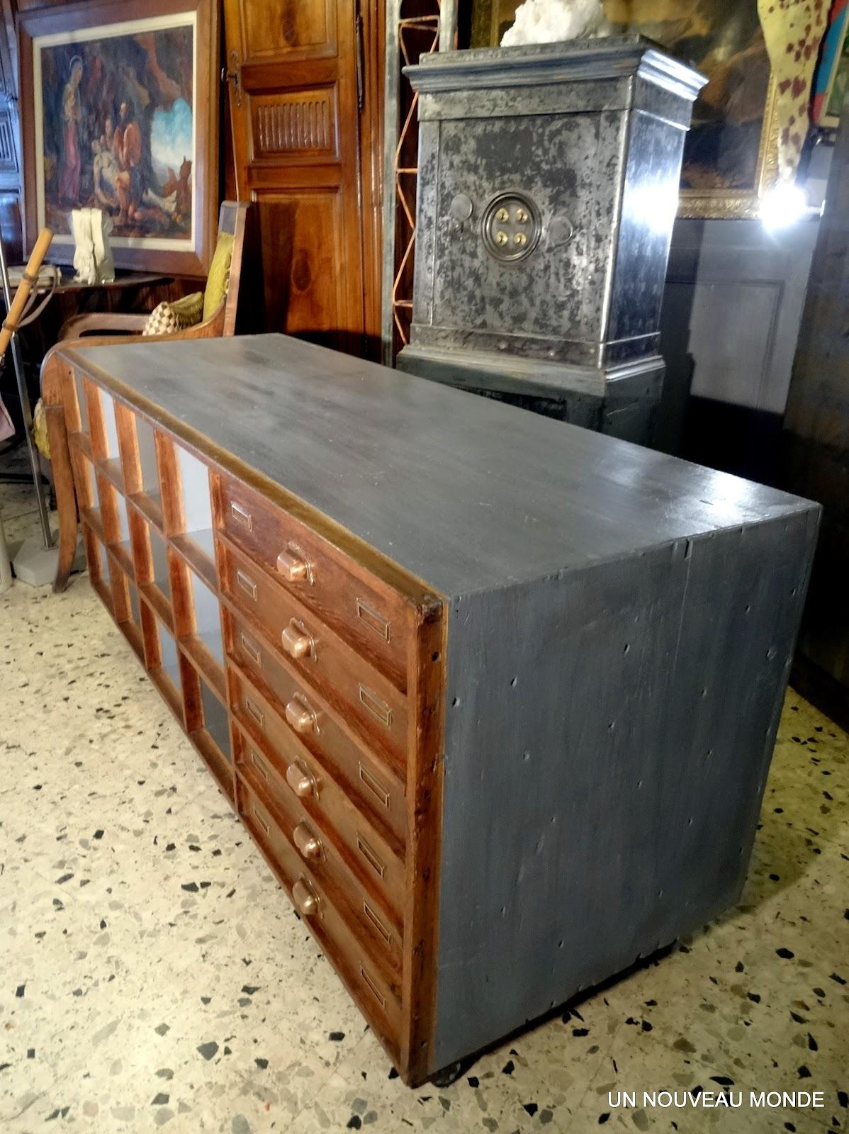 l 39 atelier de philippe meuble de m tier reconverti en meuble tv. Black Bedroom Furniture Sets. Home Design Ideas