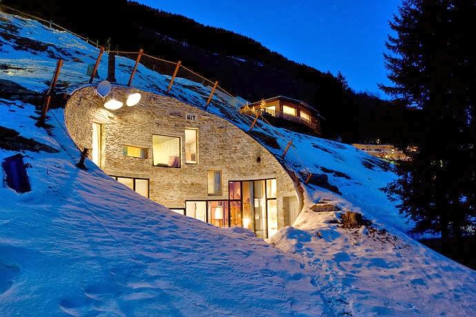 twc un lugar muy especial en suiza. Black Bedroom Furniture Sets. Home Design Ideas