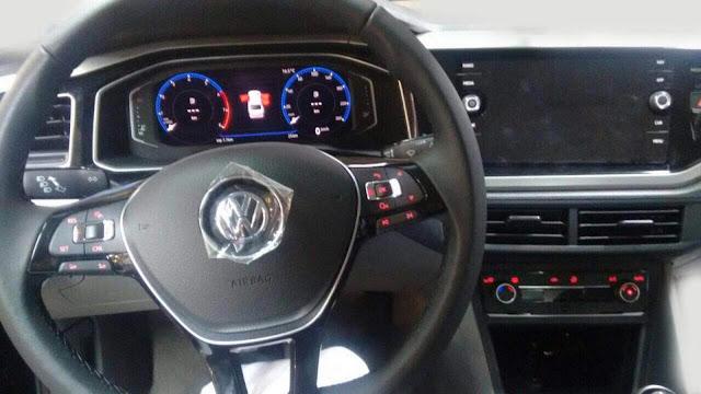 Volkswagen Virtus (Polo Sedan 2018) - interior
