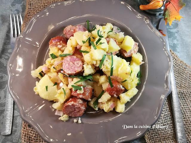 Salade de pommes de terre aux saucisses fumées - Dans la cuisine d'Hilary