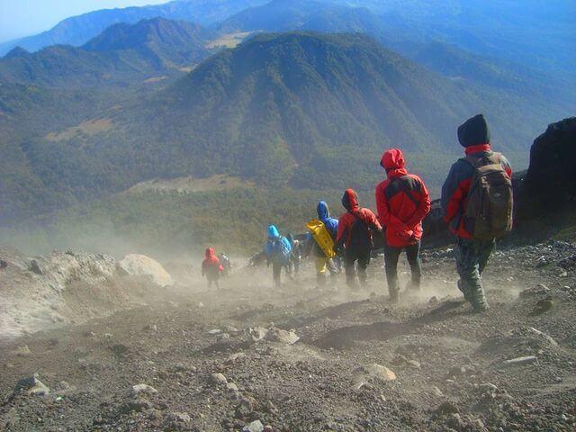 Jalur Pasir Gunung Semeru - foto instagram fajarpongki