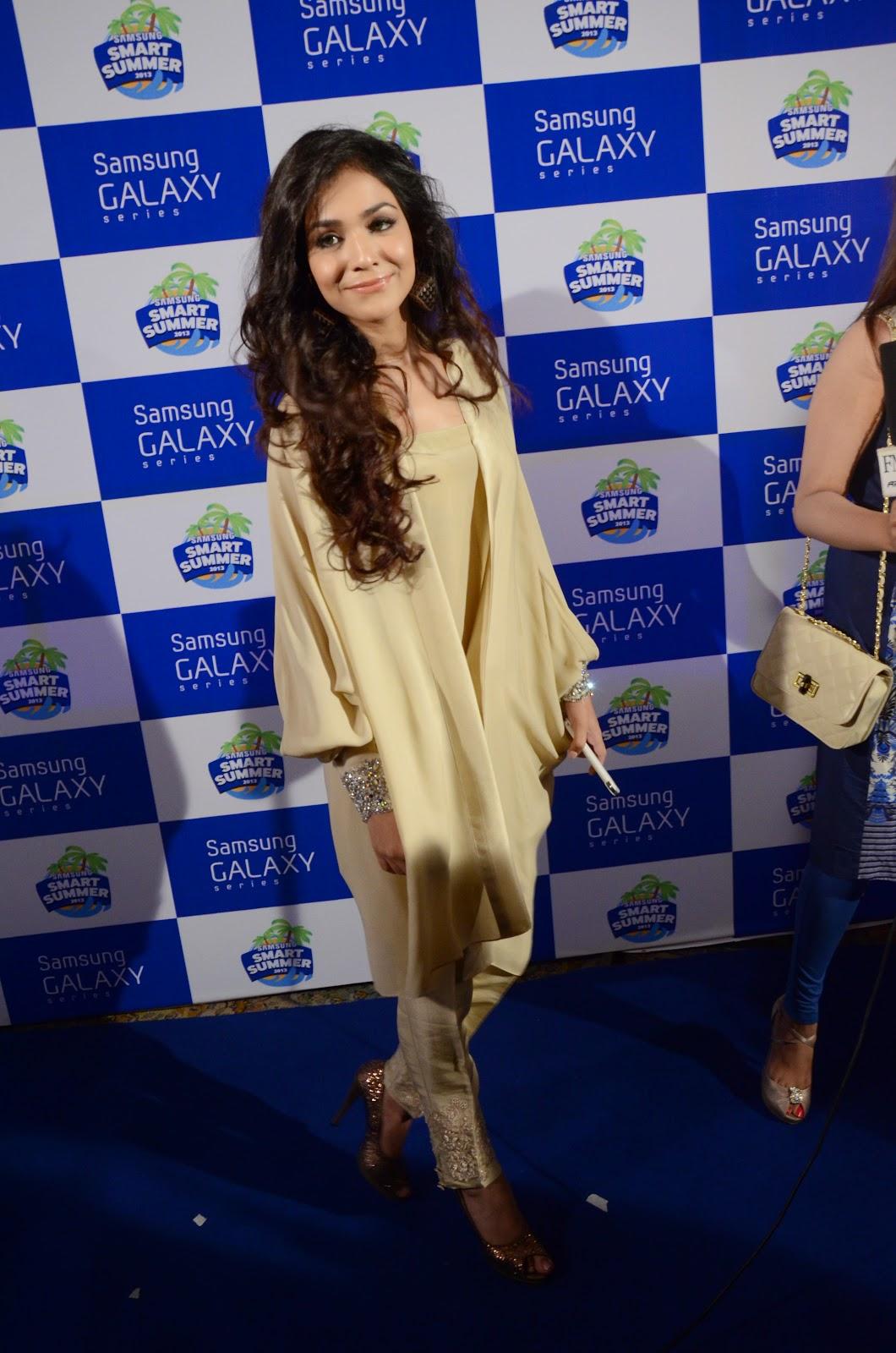 'Sher' actress Humaima Malik HD Pictures | HD Wallpapers of Humaima Malik
