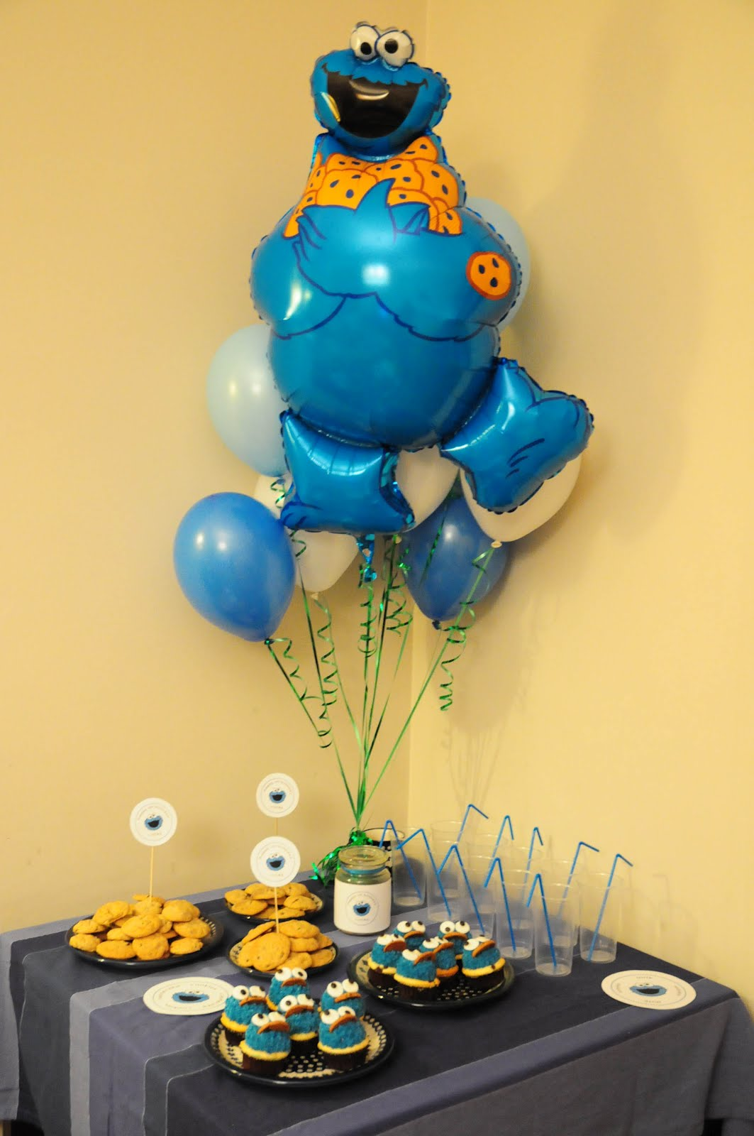 Kristas Random Thoughts: Cookie Monster 1st Birthday Party