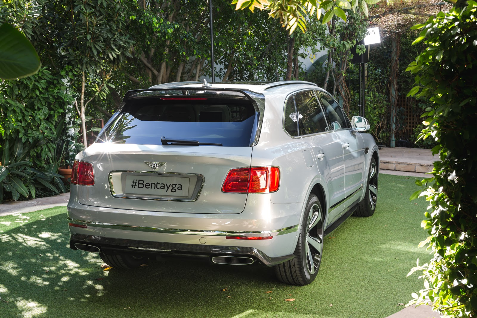 Bentley%2Bdebuts%2BBentayga%2BFirst%2BEdition%25281%2529 Ένα SUV για λίγους