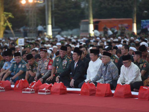 Jenderal Gatot Tegaskan Berada di Belakang Jokowi, FPI Jangan Mimpi Revolusi
