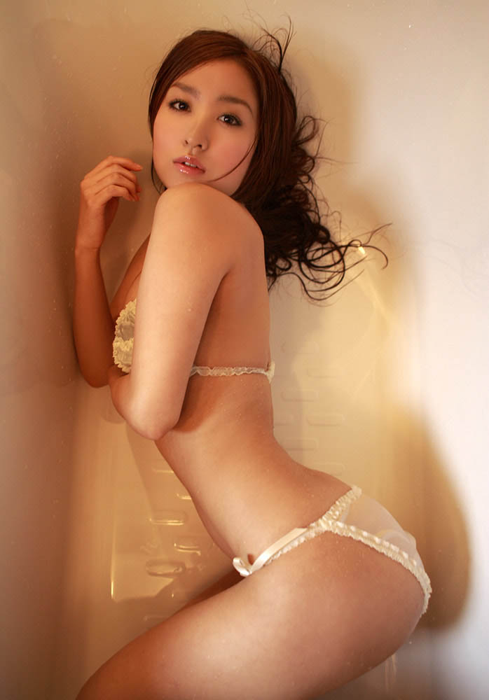 aya kiguchi hot bra and panty photos 04