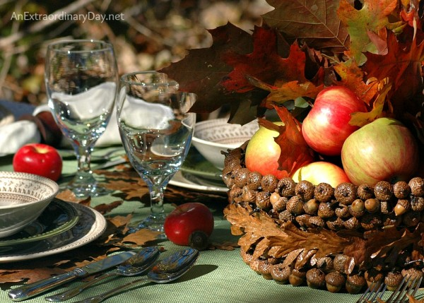 An Extraordinary Day Thanksgiving Table Setting-Treasure Hunt Thursday- From My Front Porch To Yours