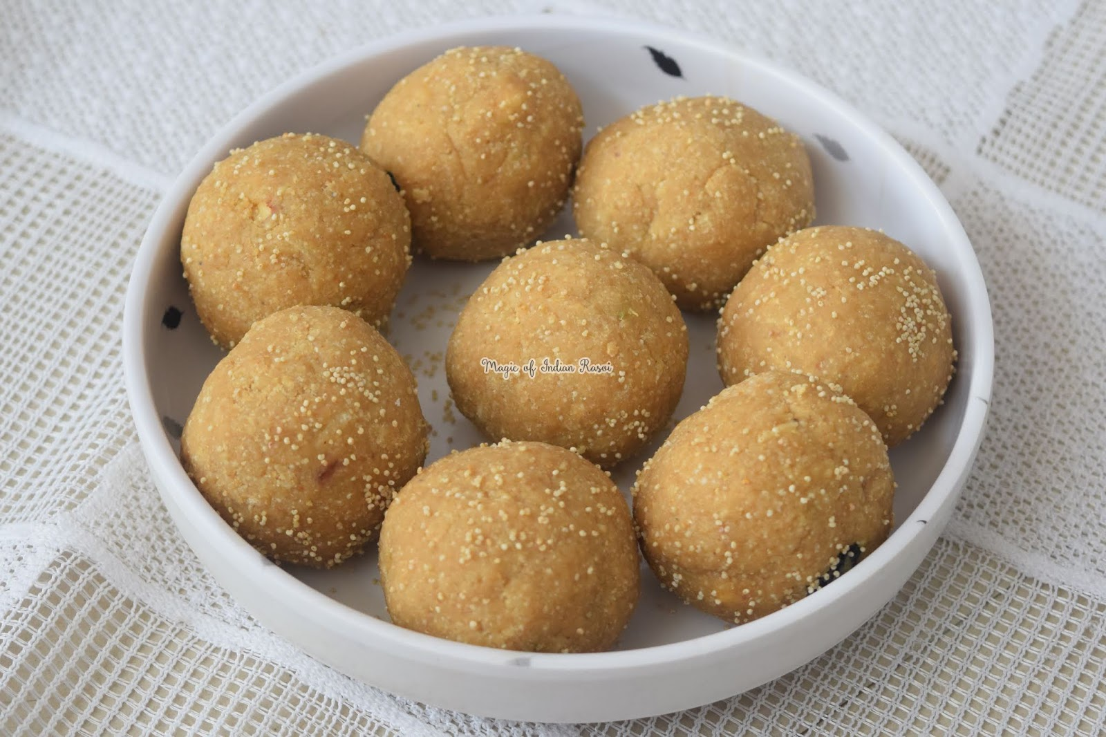 Churma Ladoo without Frying Recipe - चूरमा लड्डू बिना तले रेसिपी - Priya R - Magic of Indian Rasoi