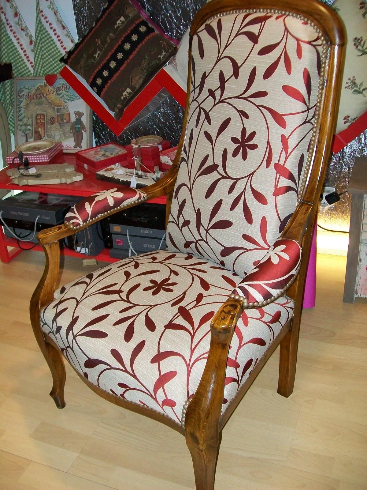 l 39 fauteuil voltaire. Black Bedroom Furniture Sets. Home Design Ideas
