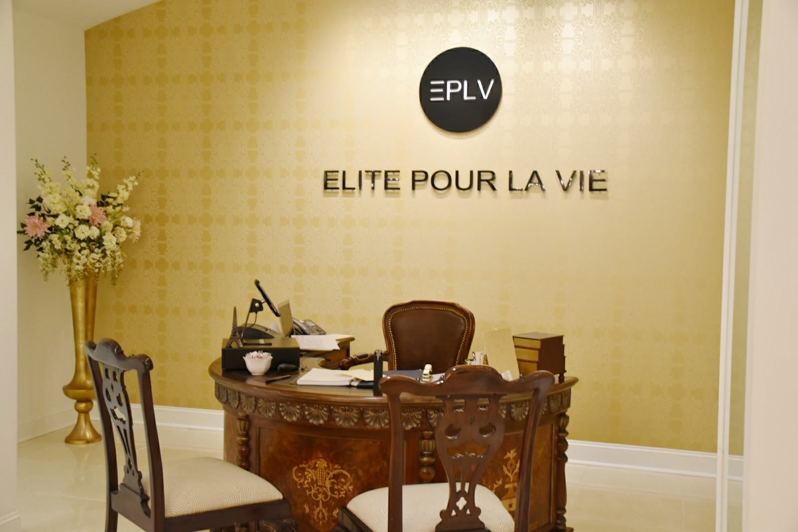 Feeling Expensive at Elite Por La Vie  via  www.productreviewmom.com