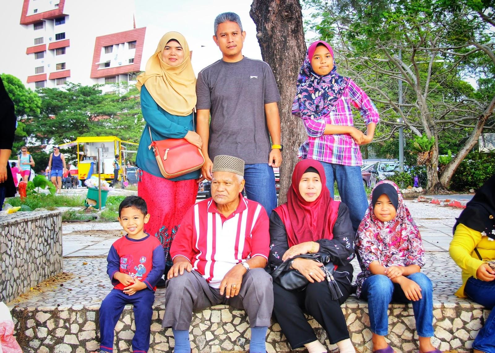 Kami di Tanjung Aru