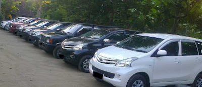 Rental mobil banyak dicari selama Lebaran.