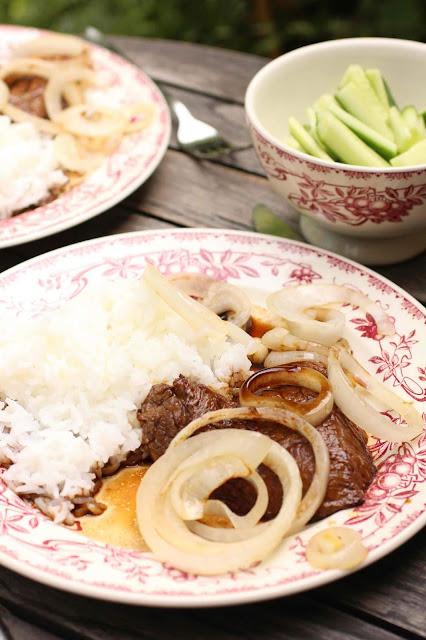 steak oignon et sauce soja