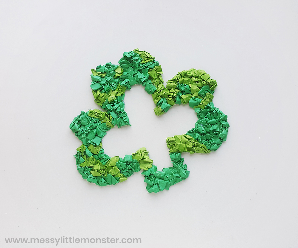 shamrock paper wreath