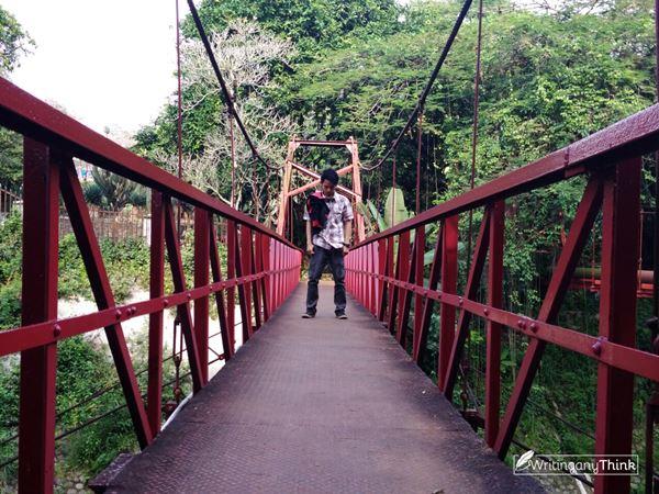 Jembatan Merah KRB