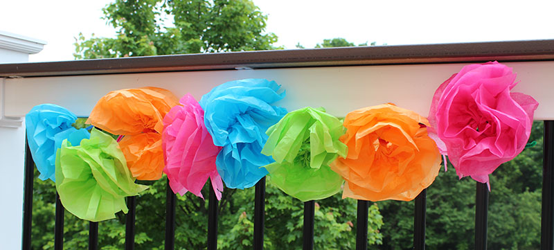 Easy tissue paper flower garland kids can make sunny day family making tissue paper flowers has always been one of my favorite crafts from childhood its one of those classic crafts that everyone has done mightylinksfo