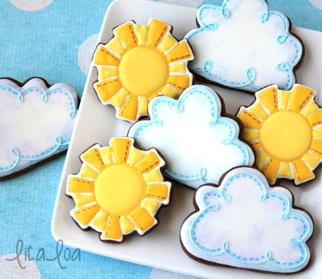 Cookie decorating tutorial -- easy cloud cookies.