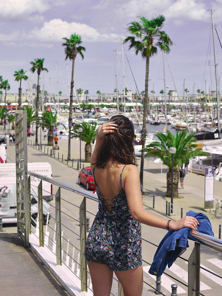 Jazda po alkoholu i całowanie koleżanek, czyli 6 rzeczy, które zaskoczyły mnie w Hiszpanii - Czytaj więcej »