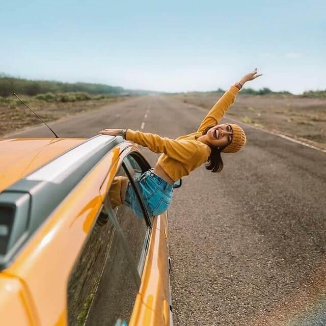 5 spot foto jogja ala luar negeri - Foto instgram @her_journeys dan @kev.anda
