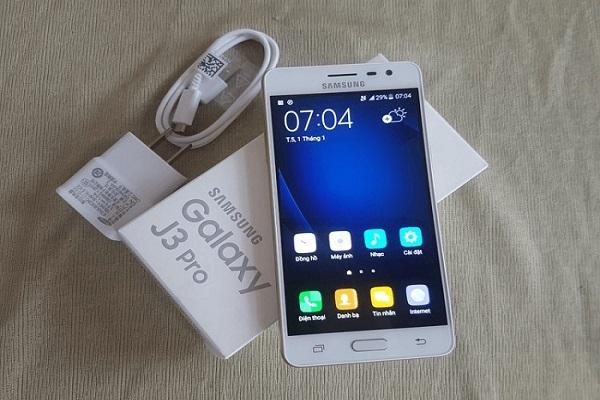 Thay vỏ Samsung Galaxy J3 Pro giá bao nhiêu