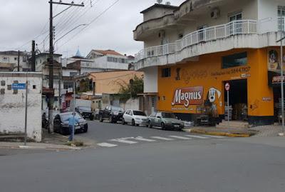 Prefeito Renato Soares atende solicitação de empresários e altera Rua para mão única
