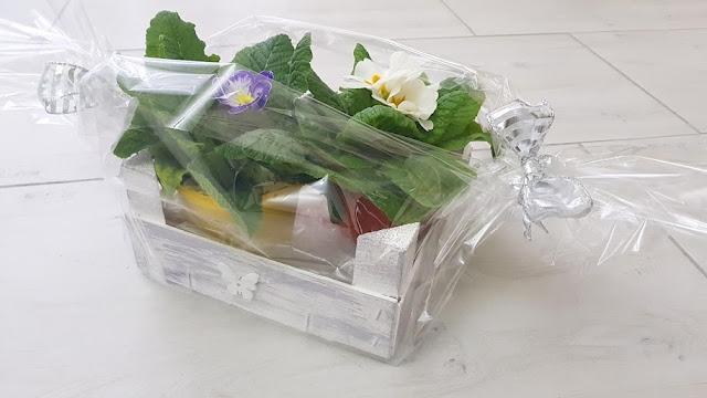 riciclo creativo cassetta della frutta, porta oggetti