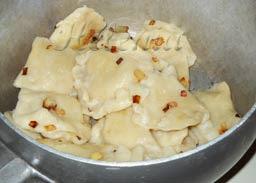 Как готовить вареники с картошкой