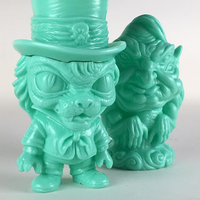 Designer Con 2016 Exclusive Mint Edition Argomedus & The Whisper Vinyl Figures by Scott Tolleson