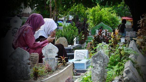 Anda Harus Tahu Bentuk Kenikmatan di Alam Kubur Setelah 7 Hari Dimakamkan