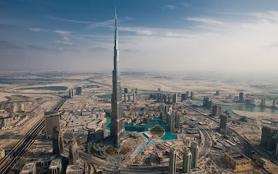 dubai city view highlighting burj khalifa
