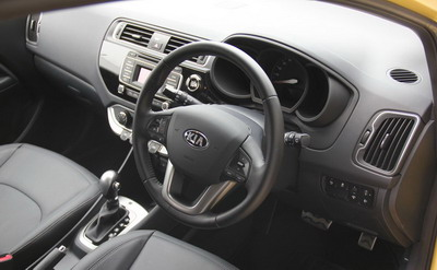 Kia Rio Facelft Review Indonesia