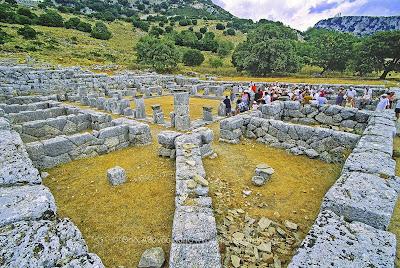 Ξενάγηση μαθητών στον Αρχαιολογικό χώρο της Κασσώπης