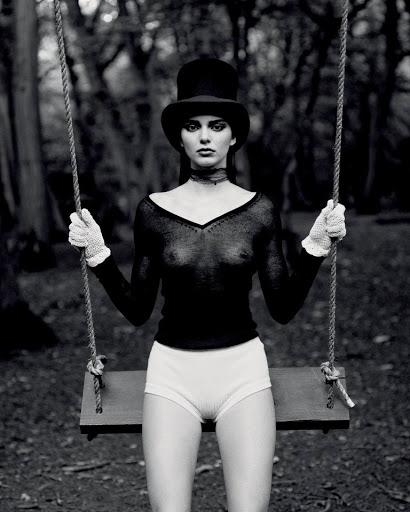 Kendall Jenner braless see trough photo shoot love magazine