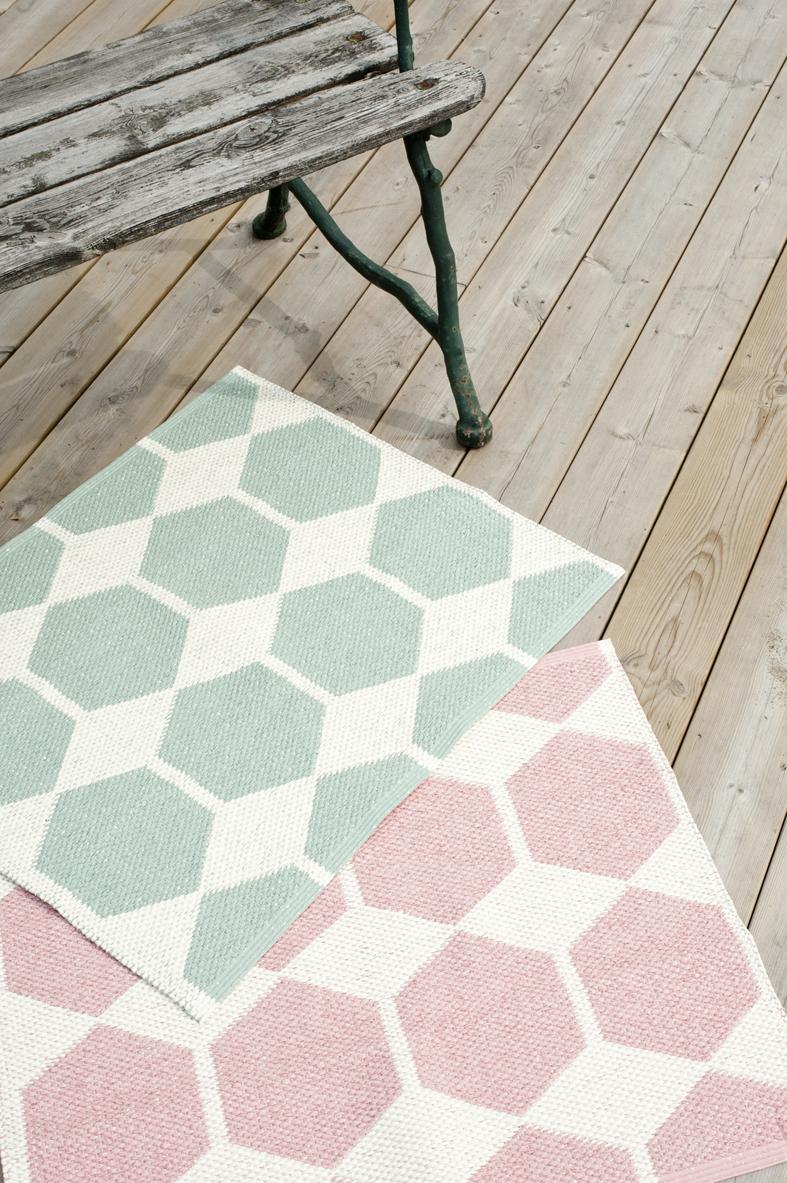 living room z rich plastik teppiche von brita sweden. Black Bedroom Furniture Sets. Home Design Ideas