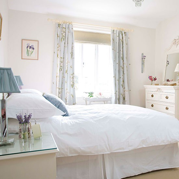 Bright White Shabby Chic Bedroom
