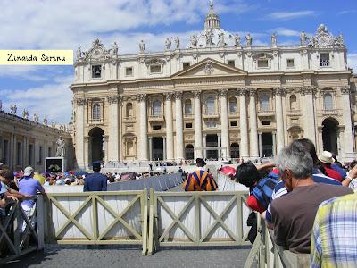 vatican-in-asteptarea-papei