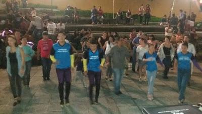 seguimientos de suin, bailando cumbia costa rica