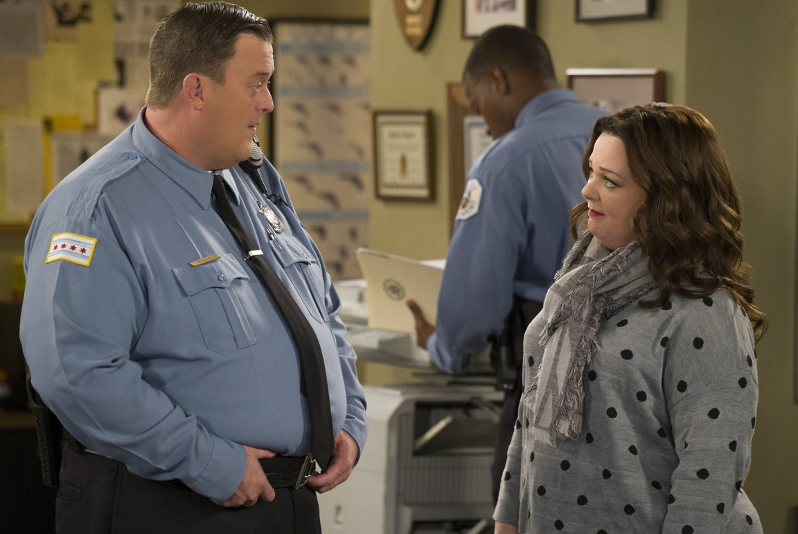 Mike & Molly - Season 6 Episode 04: Super Cop