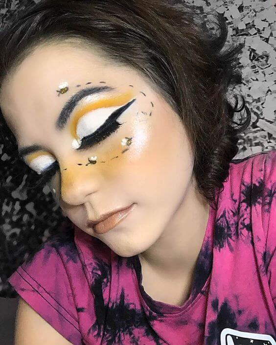 so you should be searching for what Bumblebee Makeup you are going to make ✘ 23 Unique Bumblebee Makeup For Halloween We've Ever Seen