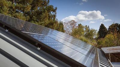 Deu claus que has de saber sobre l'energia solar fotovoltaica i el seu bloqueig a Espanya