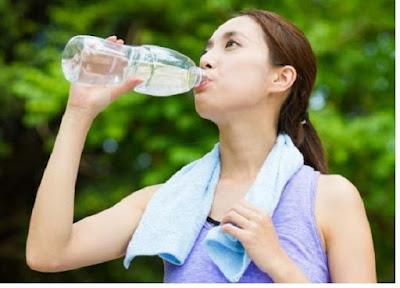 Air dapat menjaga kesehatan tubuh - pustakapengetahuan.com