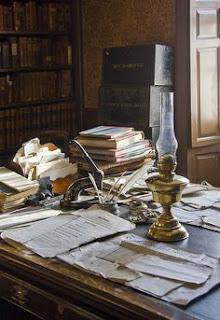 A babérligetkönyv, Hamvas Béla, esszé, íróasztal,