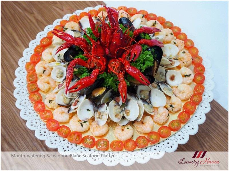 Sauvignon Blanc Seafood Platter Recipe With Emerald Crawfish