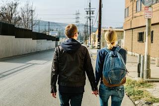 LDR adalah..? Berikut fakta menarik pacaran jarak jauh