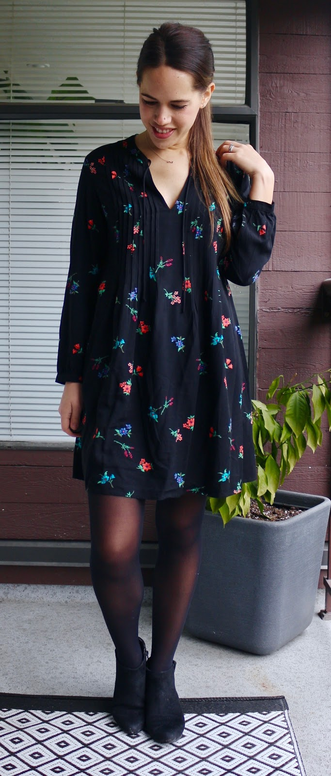Jules in Flats - Transitioning to Spring with Dark Florals