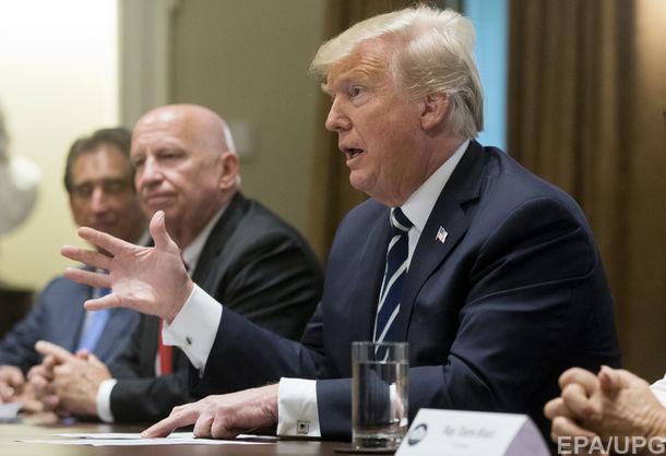 Трамп заявив, що обмовився у Гельсінкі про втручання Росії у вибори
